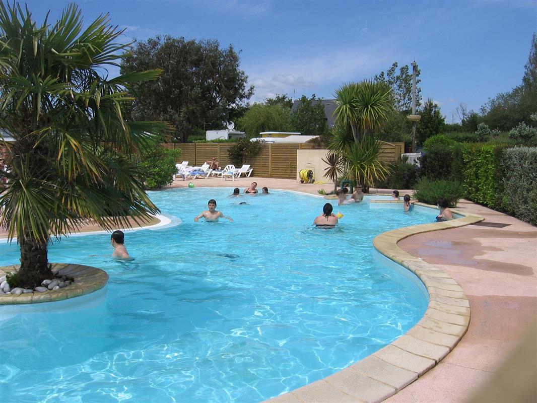Camping en bretagne avec piscine golfe du morbihan sud for Piscine camping