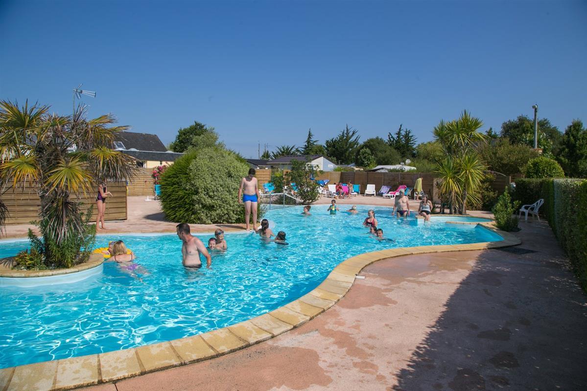 Camping piscine locmariaquer camping morbihan avec for Camping piscine quiberon