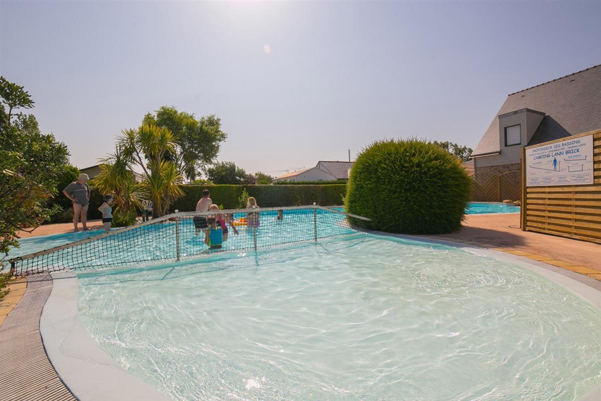 Camping piscine locmariaquer camping morbihan avec for Camping dans le vercors avec piscine